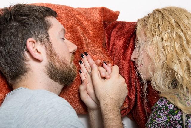 妊娠中の性交痛の原因は?妊娠中の性交の注意点とは