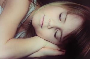 寝かしつけは寝る前のルーティーン作りから
