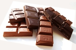 チョコレートとカカオニブ