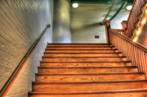 staircase-347318_640