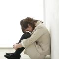 うつ病の症状と治し方を紹介!投薬だけでなく鍼灸や栄養、運動療法も効果あり!