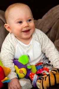 baby-22086_1280