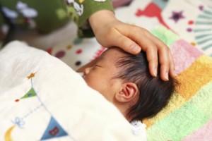 赤ちゃんのO脚やX脚の心配はまだ先で十分