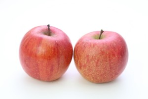 りんご病は伝染性紅班と呼ばれるウイルス感染症で頬が赤くなる