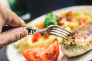 食間が体に影響を及ぼすものは?