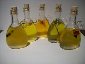 カレンデュラオイルは、とてもいいオイルですがその分デリケートです。