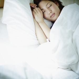 冷房での冷え対策には睡眠をしっかり
