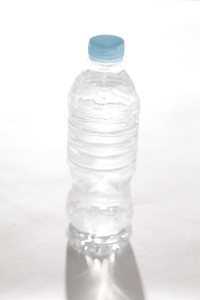 エコノミー症候群には水分補給で予防