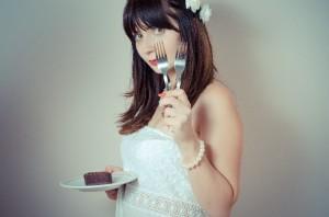 生理前の食欲はPMSのせい