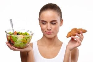 夕飯に炭水化物を抜くと健康に良い?
