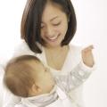 生理が再開したのに…産後の生理不順が心配。原因や対処方法、受診の目安など