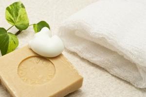 正しい洗顔と保湿で肌を乾燥させなければ毛穴の状態もよくなる