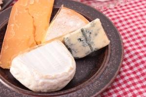 妊婦はチーズなども注意する