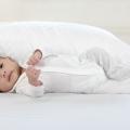 【必見】お腹が大きくて寝苦しい・・・妊娠中は抱き枕を使って寝るとイイって知ってた!?