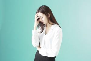 右前頭部が痛い原因といわれる緊張型頭痛の原因は精神的なストレス