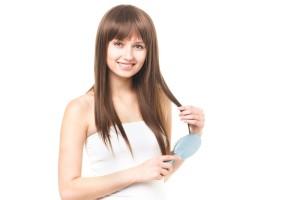 髪が早く伸びる人は何が違うの?