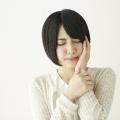 舌に口内炎ができると、ご飯が食べづらくなり、けっこう痛い!これってなんとかならないものなの?