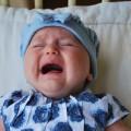 母乳をしっかりあげているのにどうして?赤ちゃんの便秘の原因とは?