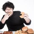 摂食障害の治療は早めに専門家に相談が肝心!食事量だけでなく睡眠や日常生活の変化なども見逃せない!