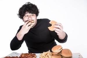 過食症も拒食症も命の危険があります