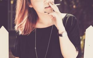生理前のイライラはタバコ