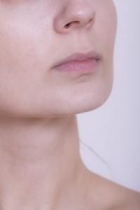 口唇粘膜知覚過敏症は唇のしびれで考えられる代表の病気