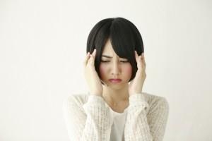前頭葉が痛い頭痛は病気?