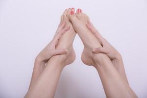 足首を細くするためのマッサージ