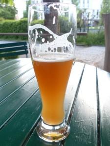 プリン体が含まれるビールは飲みすぎ注意