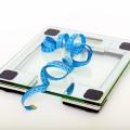 えっ?出産後は自然に体重が落ちないの?産後太りの効果的な対策法とは?