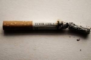 喫煙者は非喫煙者と比較して発病しにくい