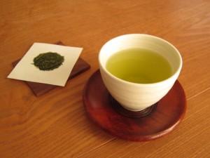 緑茶で肺の老廃物を出す
