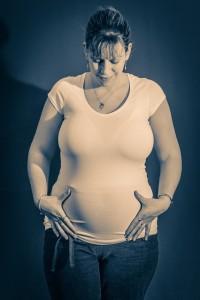 妊娠後期はエストロゲンの分泌が活発になり不眠になりやすい