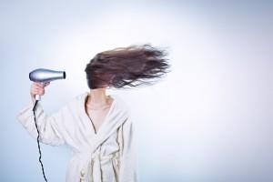 髪の毛の正しい乾かし方を知ってる?