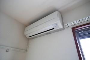 涼しくてもエアコンで体の水分は奪われている