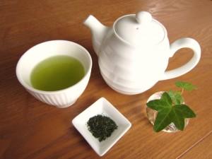 妊娠中ののどの痛みに緑茶