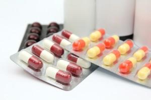 薬の副作用ということも考えられる