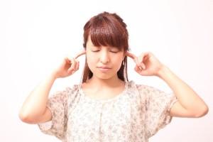 耳管開放症ってどんな症状?