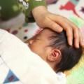 赤ちゃんの急な高熱!突発性発疹とは?症状、治療法、後遺症や合併症など