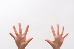 手足の指伸ばし