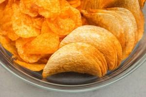 トランス脂肪酸は主として植物油を原料とした食用油脂