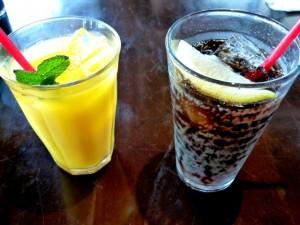 食事を抜いて冷たくて甘い飲み物を飲んでいたら太りやすくなってしまいます