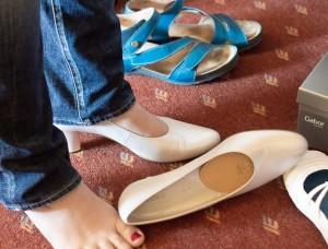 靴のせいで外反母趾かも