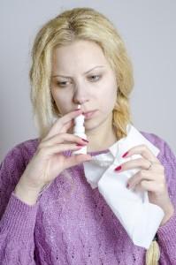 点鼻薬性鼻炎は鼻スプレーの用法用量を守ることで避けられます