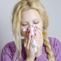 朝に鼻水が出て止まらないのは何故?モーニングアタックの原因と対処法