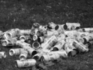 ビール350ml缶2本を6年間飲み続けただけでアルコール依存症になる
