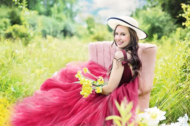 pretty-woman-830265_640