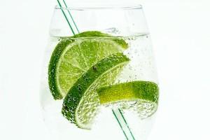 飲むだけで痩せられる炭酸水ダイエット