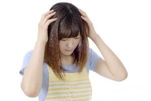 首のこりの原因を放置するリスク