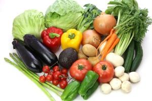 ビタミンやミネラルの摂取方法として野菜、果物、そして塩が有効